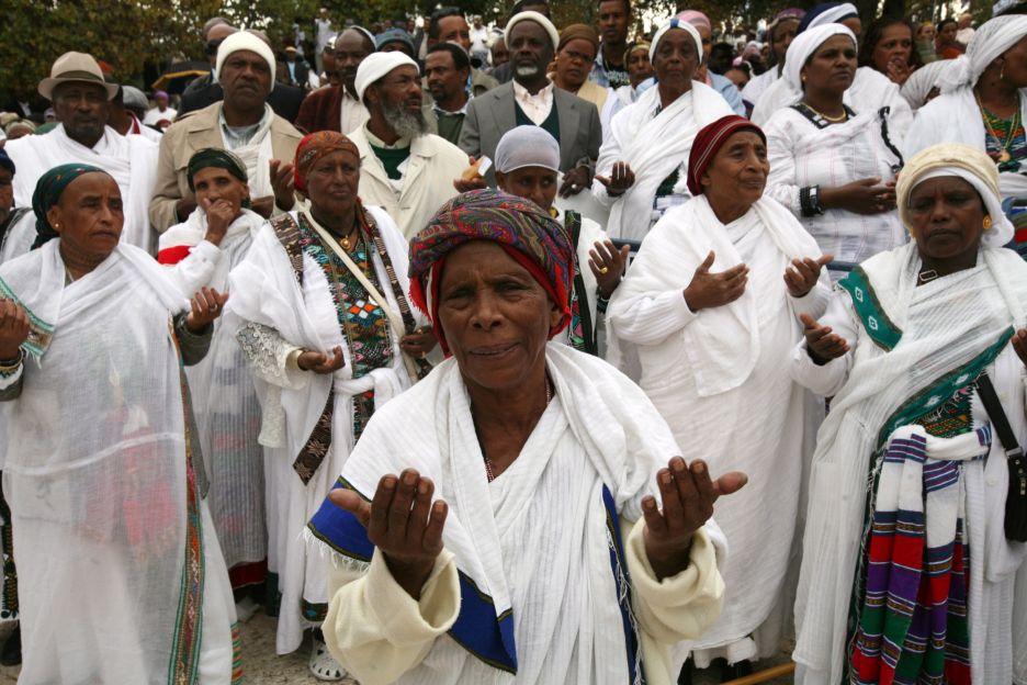 """عنصرية الطب ضد النساء الأثيوبيات في """"إسرائيل"""""""